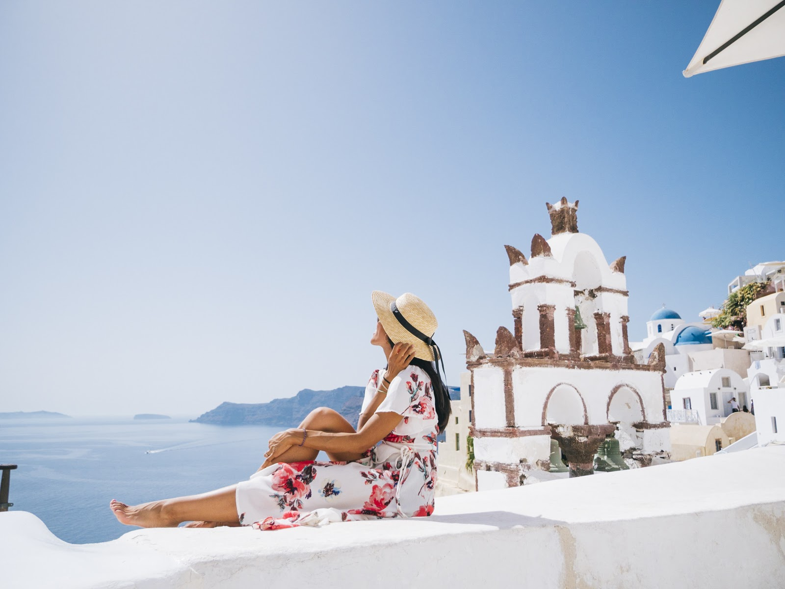 How to Avoid Crowds in Santorini