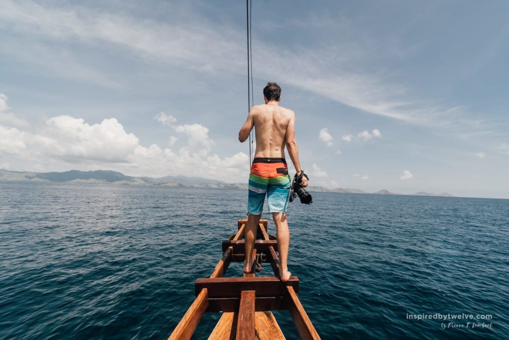 charter a boat komodo islands, komodo island day trip, komodo islands what to do, komodo flores, pulau radar, komodo, labuan bajo boat trip, labuan bajo day trip