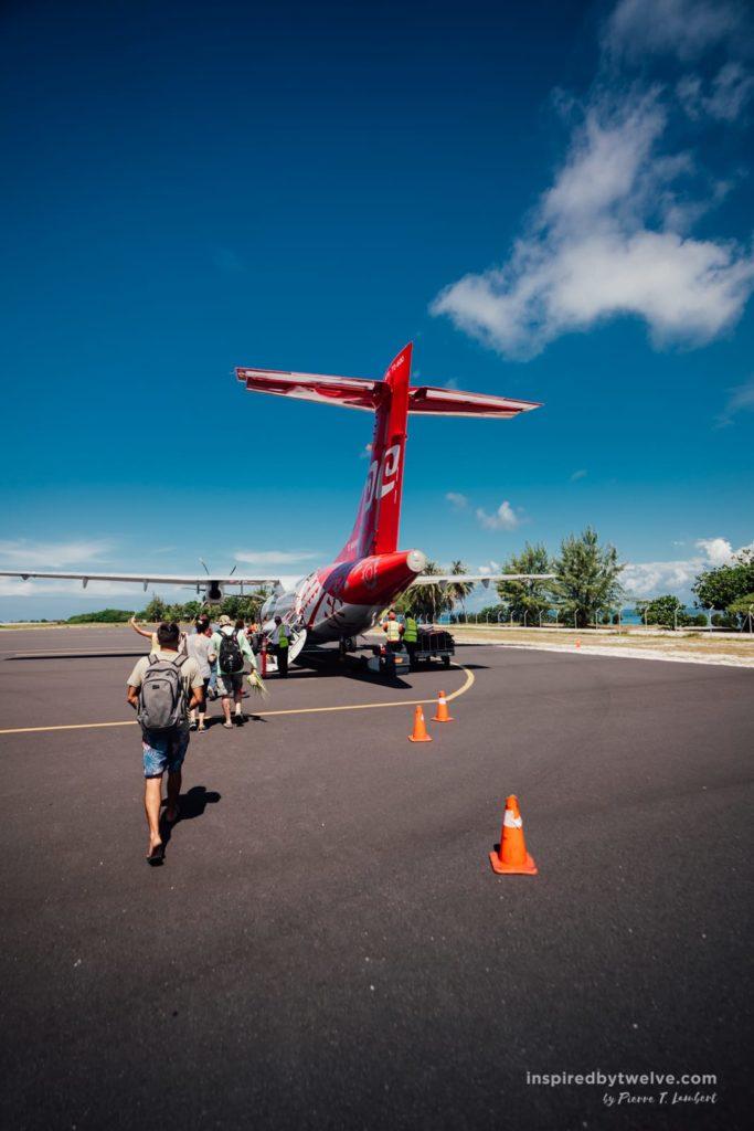 flight french polynesia island